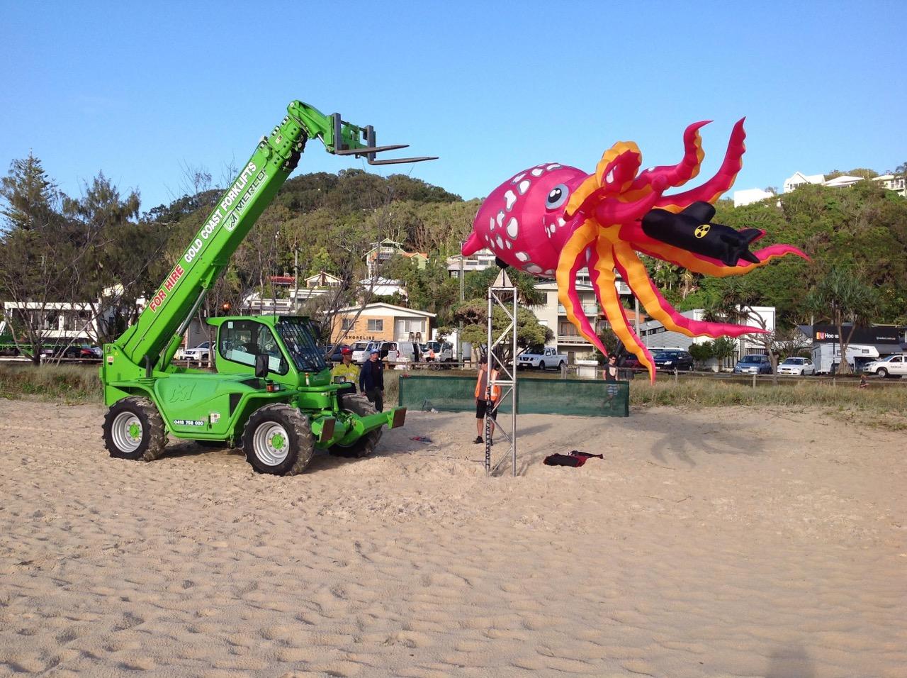 The Swell Festival Beach Work Operator Service