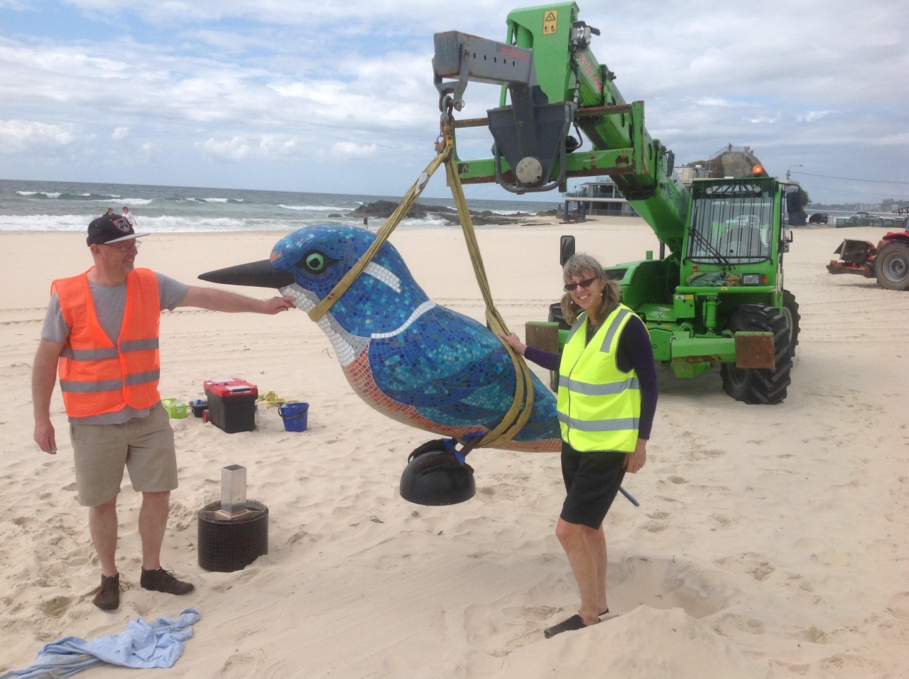 The Swell Festival Beach Work Operator Service Swell The Biggest King Fisher In The World